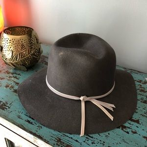 Gray urban outfitters hat